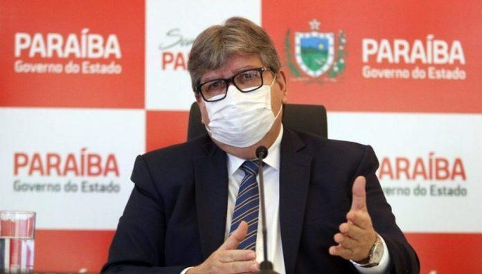 Joao Azevedo e1616444982994 - Governador prorroga decreto da Covid-19 após casos com nova variante na Paraíba