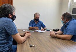 Prefeitura de Patos e ONG Adota Patos firmam parceria para início do programa de castração e controle de zoonoses