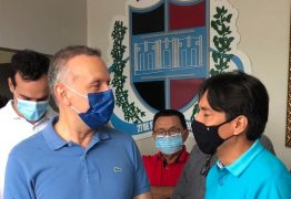 Aguinaldo participa da entrega de ônibus 0km em Cacimba de Dentro, visita obras, e reforça parceria com gestão