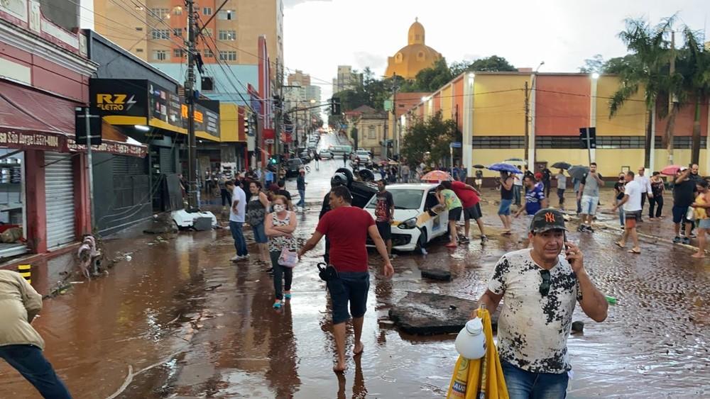 rescaldo - FAKE NEWS: imagens de enxurrada que circulam nas redes sociais não é em Sapé, mas sim em São Paulo, o fato aconteceu em 2020 - VEJA VÍDEO