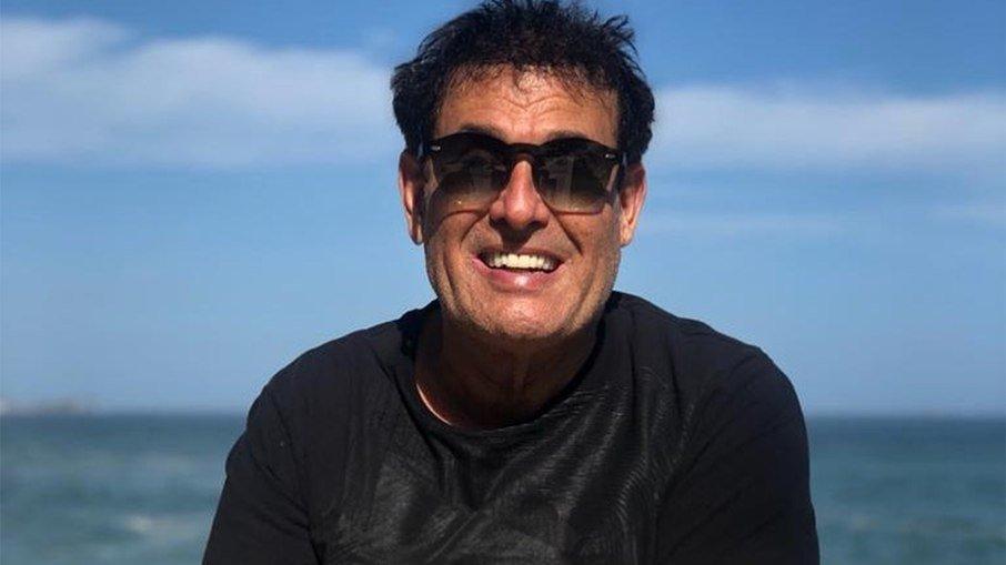 """68mb3ics7sayv4skgbzf0nc3a - Sérgio Mallandro: """"Atrapalhei o sexo da Xuxa com Senna"""""""
