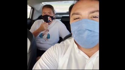Capturar 77 - Padre Nilson tenta convencer Maria Paraíba a se vacinar contra covid e ela revela medo - VEJA VÍDEO