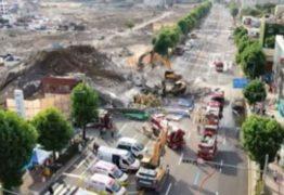 Vídeo mostra prédio de 5 andares desabando sobre ônibus na Coreia do Sul