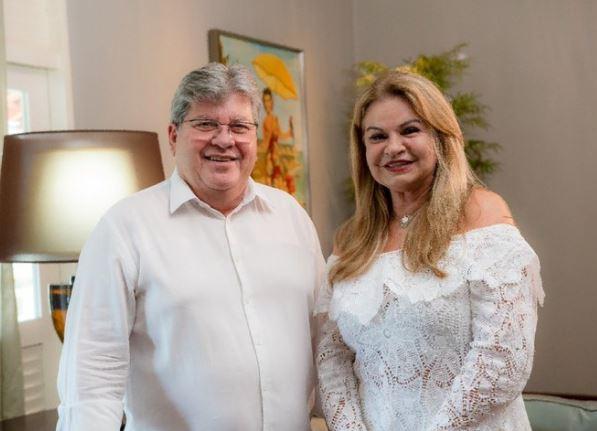 JOAO AZEVEDO - 'Minha eterna namorada': João Azevêdo publica foto com primeira dama em dia dos namorados