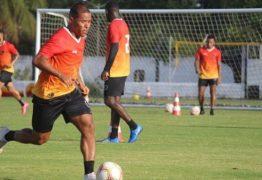 Gerson Gusmão define substitutos de Fred e Clayton no Botafogo-PB