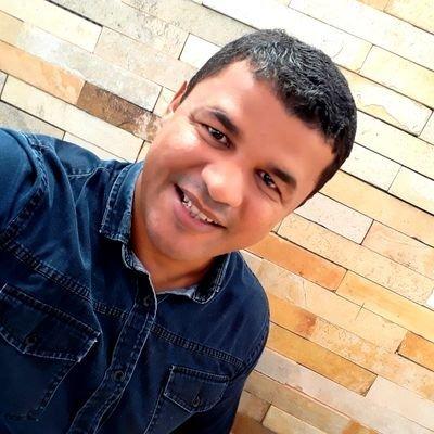 WhatsApp Image 2021 06 17 at 16.10.15 - BATEM UM BOLÃO! Eles dominam o esporte paraibano e estão com tudo, conheça os especialistas esportivos mais bonitos da Paraíba