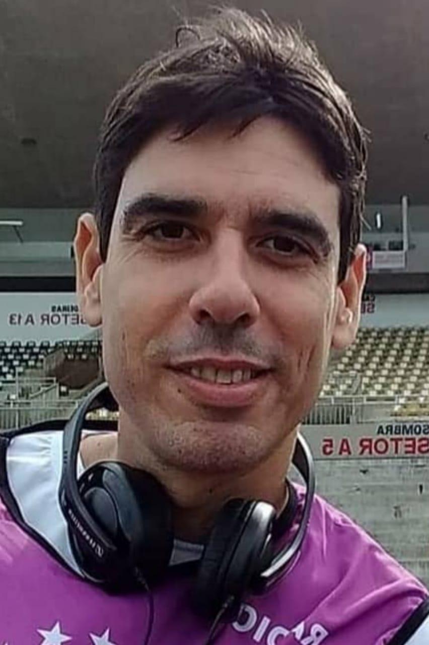 WhatsApp Image 2021 06 21 at 21.37.36 - BATEM UM BOLÃO! Eles dominam o esporte paraibano e estão com tudo, conheça os especialistas esportivos mais bonitos da Paraíba