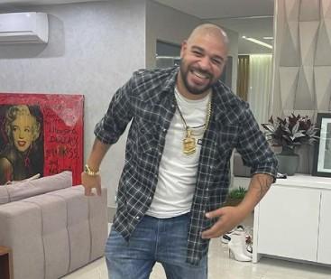 adriano - Adriano Imperador compra cobertura de R$ 4 milhões em prédio de luxo e vira vizinho do ex-prefeito Marcelo Crivella