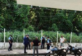 SUSTO! Assaltantes trocam tiros e rouba arma de vigilante de guarita da UFPB