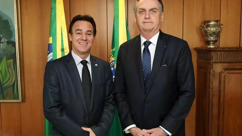 bolsonaro e presidente patriota - Dividido, Patriota afasta presidente nacional por negociar individualmente filiação de Bolsonaro