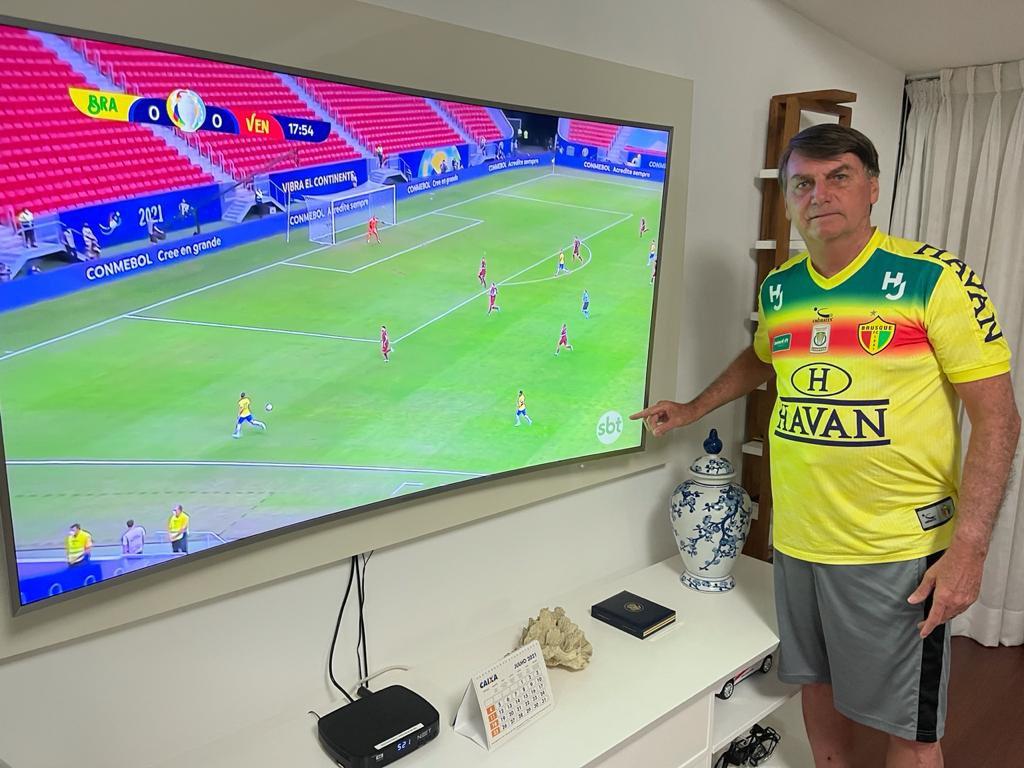 bozo copaamerica2 - Copa América, aposta de Bolsonaro, perde em audiência no Ibope para o Domingão do Faustão