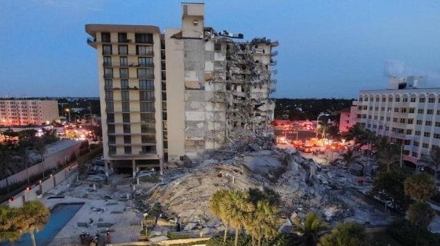 desabamento miami - Vídeo mostra momento exato de desabamento de prédio - ASSISTA