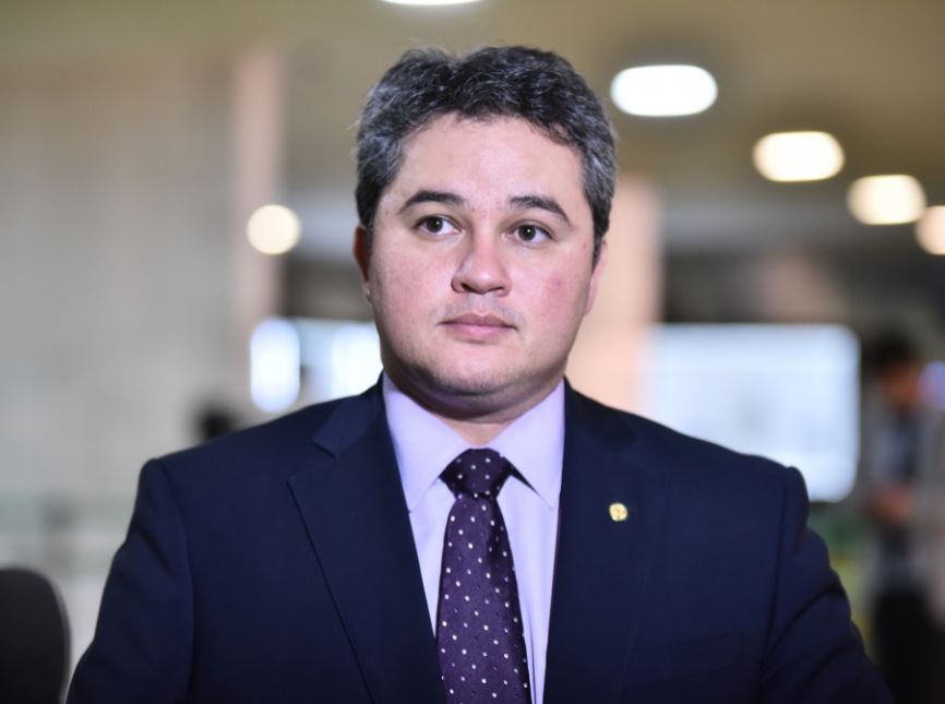 efraim - Efraim Filho recebe aval para continuar na coordenação da Bancada Federal