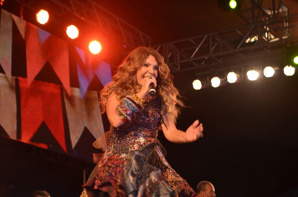 elba ramalho2 - Elba Ramalho faz live com Juliette no São João 2021 de Campina Grande, nesta quarta (23)