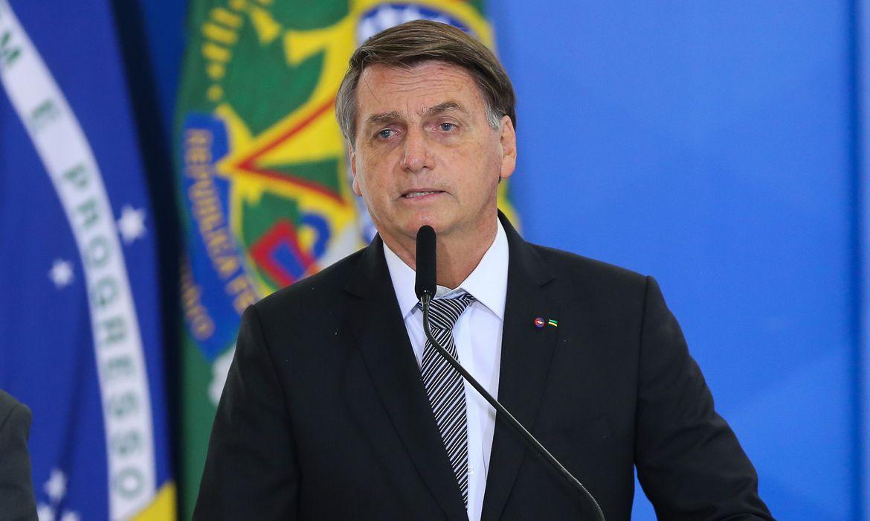 jair bolsonaro oficiais generais promovidos0804216665 - Jair Bolsonaro afirma que Aécio venceu eleições de 2014 e promete apresentar provas de fraude