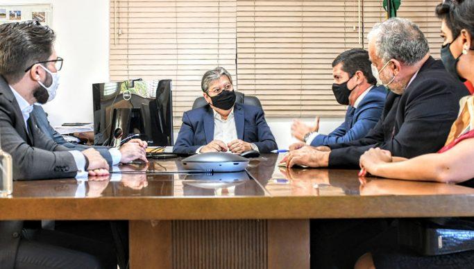 joao azevedo e aena - João Azevêdo e Aena Brasil discutem plano de investimento para aeroportos da Paraíba