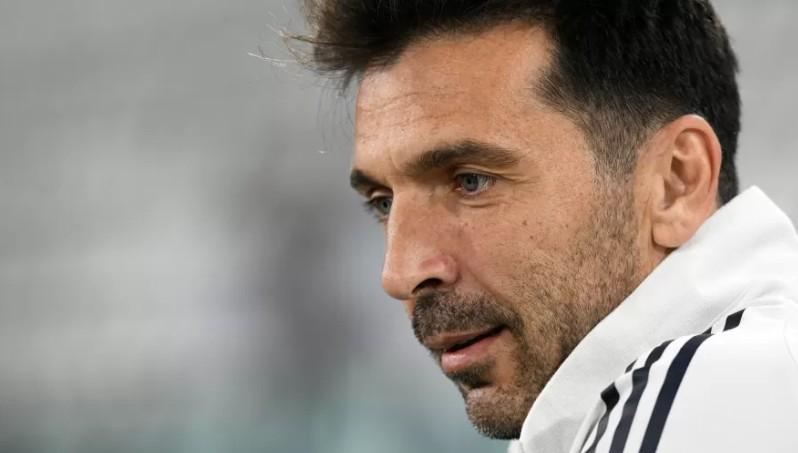 jog 1 - Buffon descarta aposentadoria e está perto de fechar com novo time