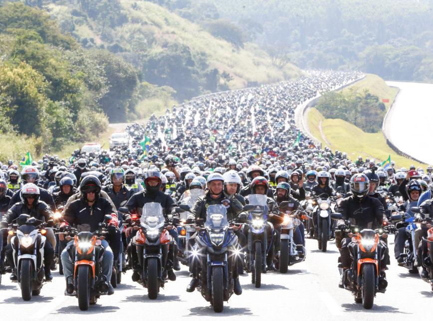 motociata Bolsonaro - CERCA DE 6 MIL MOTOS: vídeo faz contagem com computação gráfica em 'motociata' de Bolsonaro