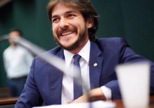 """pcl 4 300x211 - Pedro Cunha Lima comenta prévias nacionais do PSDB, revela preferências e diz que modelo será aplicado na PB """"se houver mais de uma opção"""""""