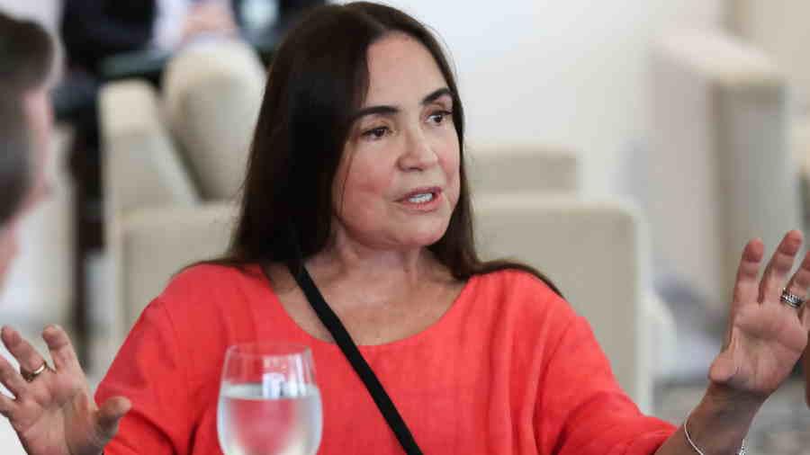 regina duarte - Lula pede indenização de mais de R$ 130 mil a Regina Duarte por danos morais