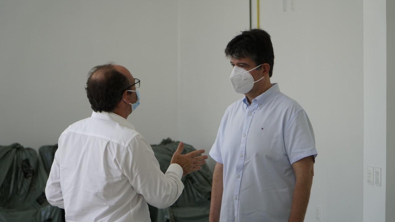 unnamed 7 - Luta contra o câncer: Ruy Carneiro visita nova ala de quimioterapia do Hospital São Vicente de Paulo e comemora ampliação de atendimentos