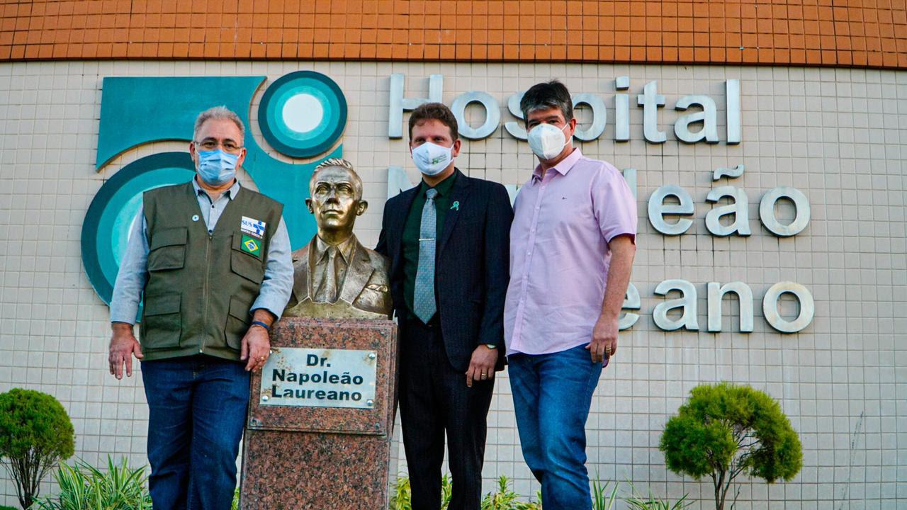 unnamed 9 - Marcelo Queiroga visita Hospital Napoleão Laureano, confirma compra de novo acelerador linear e destaca trabalho de Ruy Carneiro na luta contra o câncer