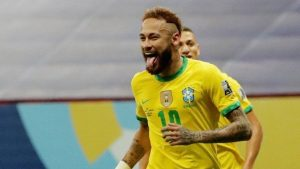 "xneymar.jpg.pagespeed.ic .WaUnR bfL 300x169 - Neymar recorda dificuldades e chora: ""Passei por muita coisa"""