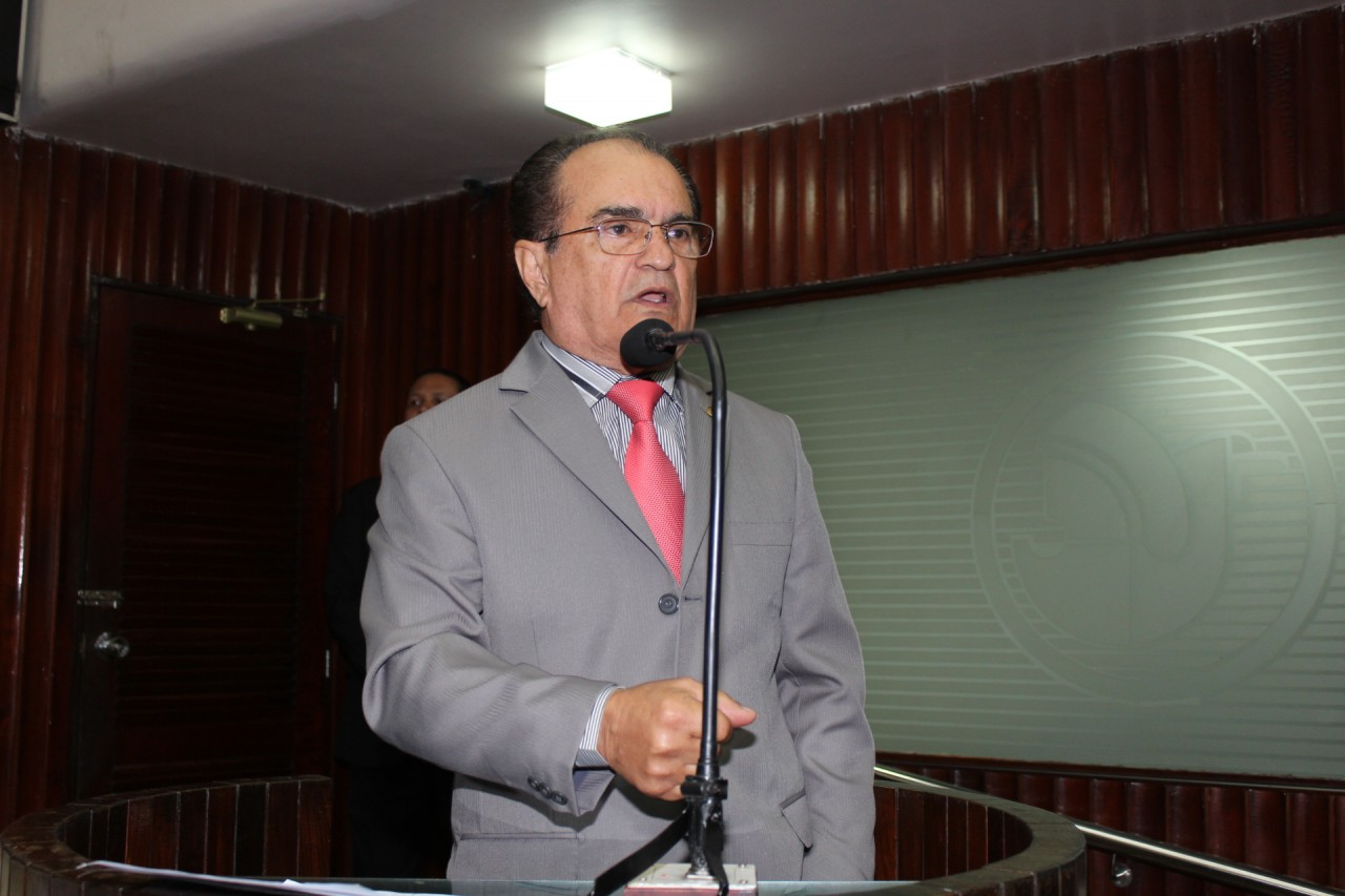 19 11 13 AM PEQUENO EXPEDIENTE 130 - ALPB lamenta a morte do ex-deputado estadual Ivaldo Moraes