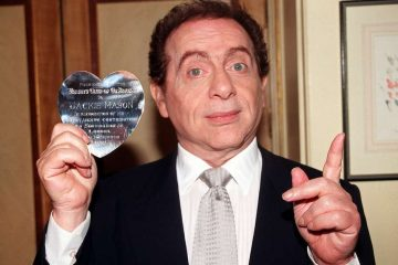 1998 11 04t000000z 1219376102 mt1pra1140927 rtrmadp 3 pa images 1 360x240 - Jackie Mason, ator e comediante americano, morre aos 93 anos