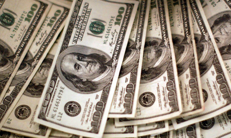 2020 09 25t121331z 1 lynxnpeg8o13a rtroptp 4 dolar abre - Dólar tem maior queda diária desde março e fica em R$ 5,08