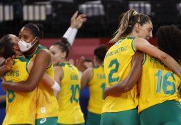 Brasileiras têm vitória apertada contra dominicanas no vôlei