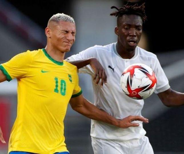 202107250646471 - Brasil joga com um a menos e só empata com a Costa do Marfim