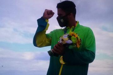 Cidade natal de Italo Ferreira, Baía Formosa comemora ouro no surfe; VEJA VÍDEO