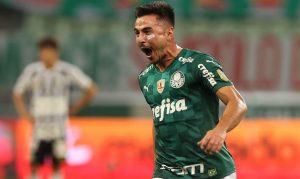 51303050766 1cb6e49132 o 300x179 - Palmeiras supera Santos e se isola na liderança do Brasileiro