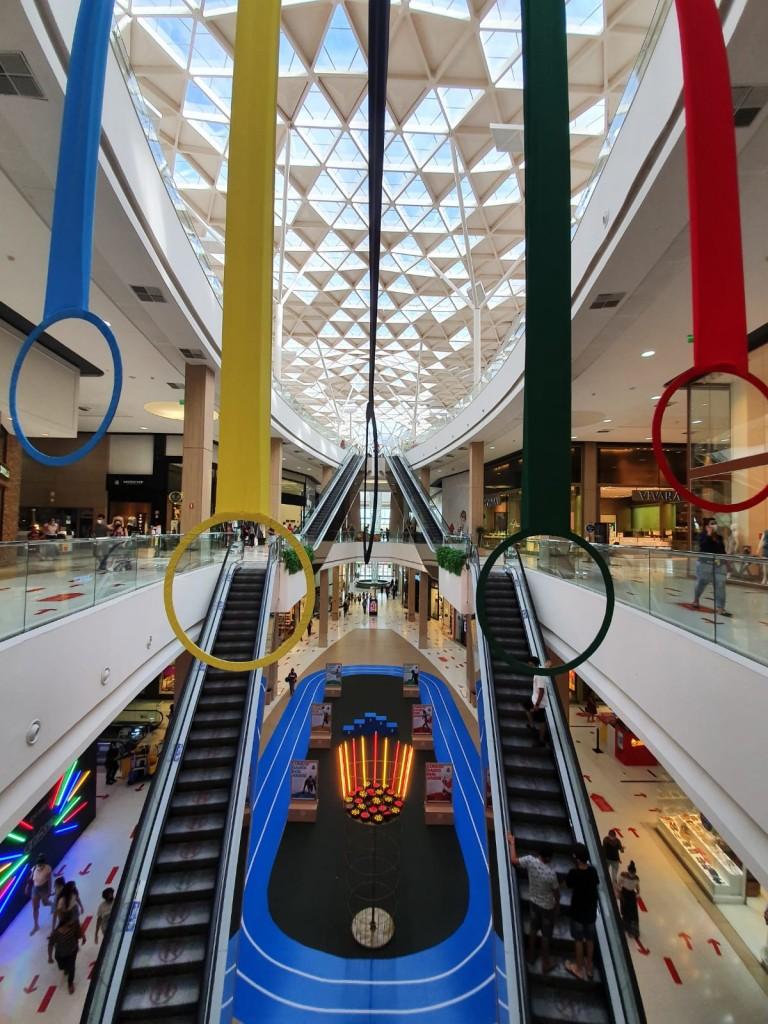 597f6fcf c5c8 b2d5 59a1 3c4b12fe2340 - Em clima de Olimpíadas, shoppings Manaira e Mangabeira inauguram espaços alusivosà competição