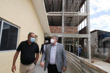 5b43dd33 5930 40da b81f a49806a141c7 360x240 - João Azevêdo visita obras de construção do Lar de Acolhimento aos Enfermos no Hospital Padré Zé e destaca compromisso com políticas de inclusão social
