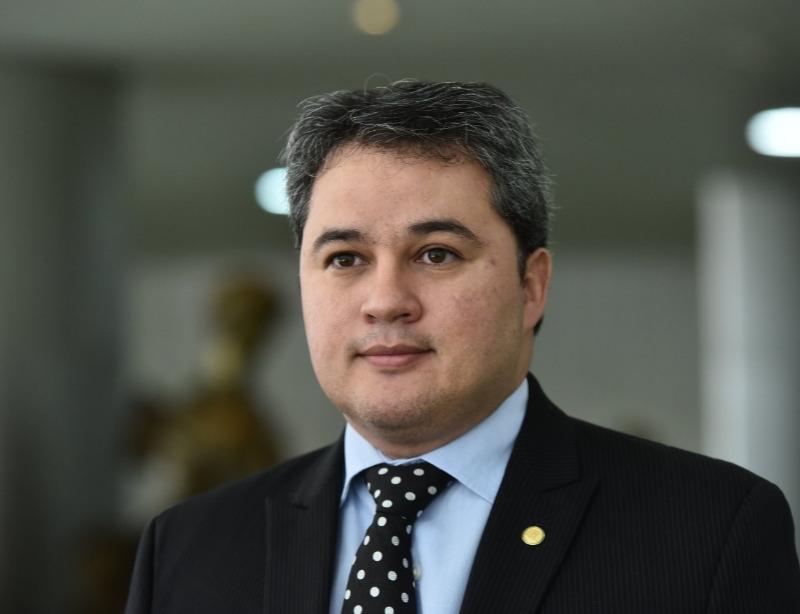 610058764acdb 7777 - Obstinado, Efraim Filho garante que candidatura ao Senado é irreversível