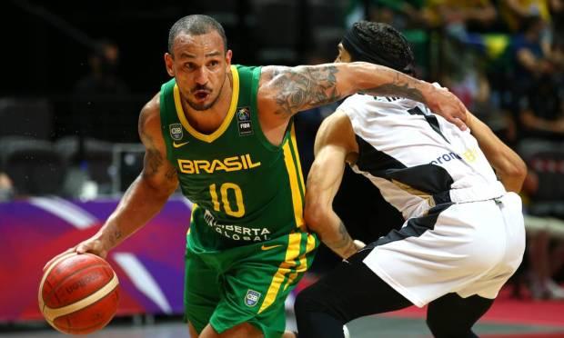 620x372x93741607 BasketballFIBA Olympic Qualifying Tournament FinalGermany v BrazilSpaladium Arena.jpg.pagespeed.ic .iudy5XW xQ - Olimpíada: Brasil perde na final para a Alemanha e está fora de Tóquio