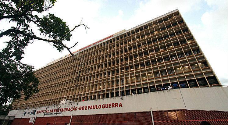 6cfd9ae4004d3ec71482526a5060c459 - Morre mulher trans que teve 40% do corpo queimado por adolescente no Centro do Recife; criminoso foi preso