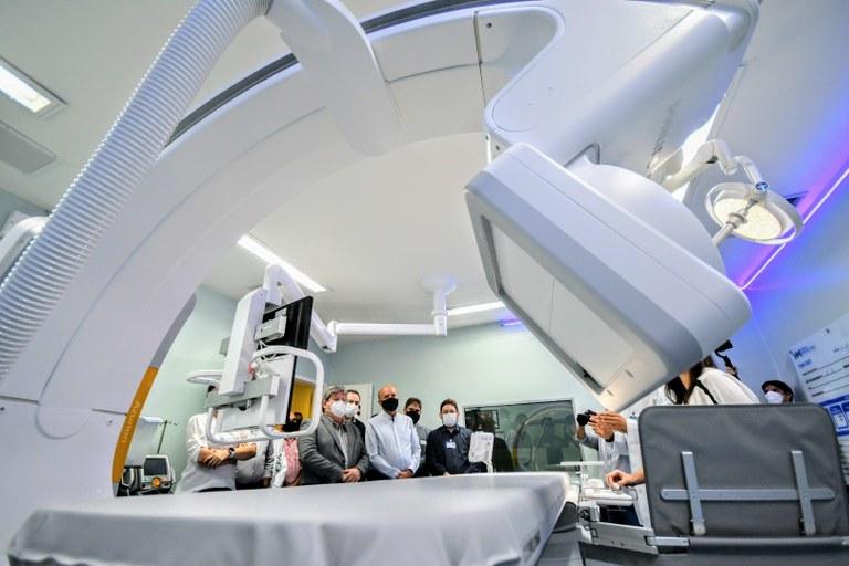 8d7a4048 c2b3 4f2e 9687 d66b886354e3 1 - João Azevêdo amplia serviço de hemodinâmica e entrega leitos de UTI endovascular no Hospital Metropolitano