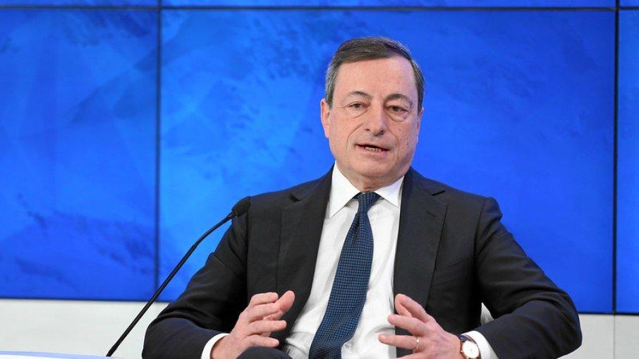 Primeiro ministro da Itália diz que ser antivacina é apelar para morrer
