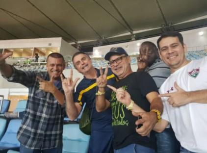 Queiroz se queixa após ser 'abandonado' por amigos e dispara: