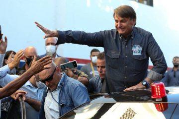 Bolsonaro ignora apelo do centrão, volta a ameaçar eleições e diz que 'não aceitará farsa'