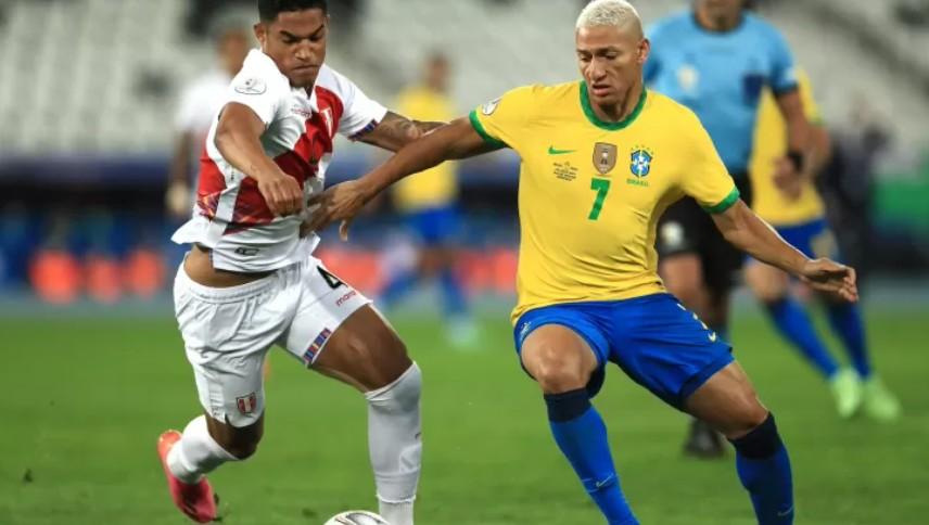 Capturar 5 - Brasil sobra no primeiro tempo, elimina Peru e vai à final da Copa América