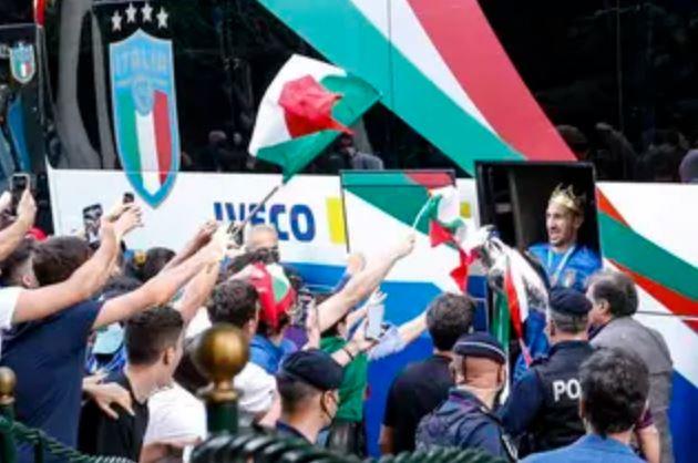 Capturar.JPGgnn - Campeões da Europa voltam à Itália e são recebidos com festa