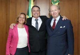 """Bolsonaro se reuniu com deputada alemã neta de ministro nazista: """"Um encontro impressionante no Brasil"""""""