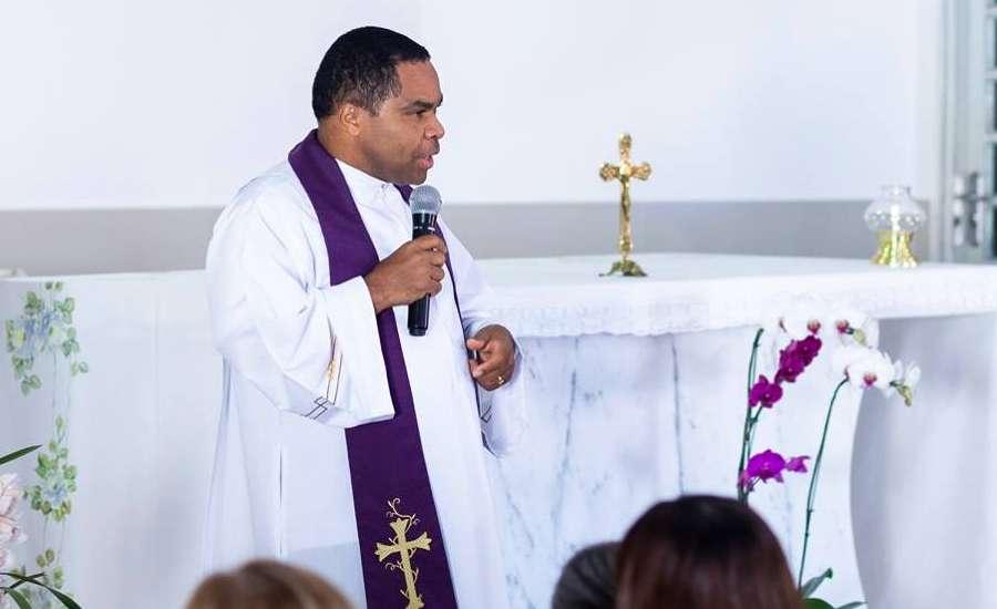 Delson Zacarias dos Santos - ORGIA, ABUSO SEXUAL, DESVIO DE DINHEIRO, e HOMOFOBIA: conheça os padres envolvidos em escândalos, paraibanos estão na lista
