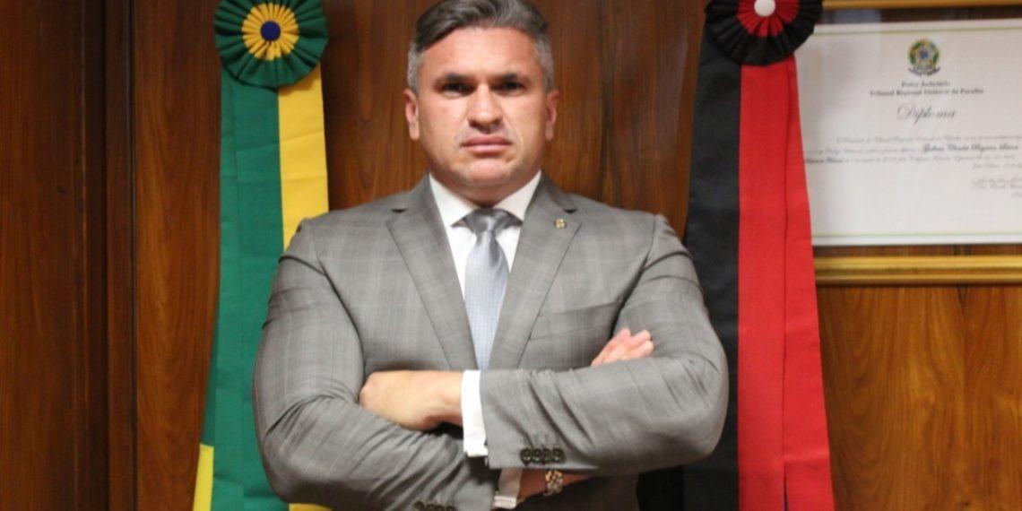 JULIAN 1140x570 1 - Julian Lemos alerta cidadão para campanha de desinformação envolvendo Fundo Eleitoral - VEJA VÍDEO