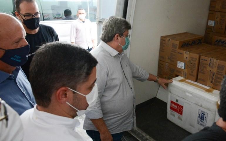 Joao Azevedo 2 - Azevêdo destaca distribuição do maior quantitativo de vacinas no Estado