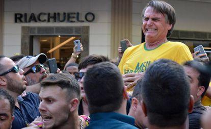 L3QHEKWDSNUXLIAGNKNFRKZ62A 1 - 'ATENTADO CRUEL': Bolsonaro atribui internação à tentativa de assassinato por Adélio Bispo